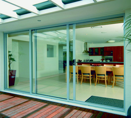 Kalco_K-2201-B_three_track_sliding_aluminium_windows